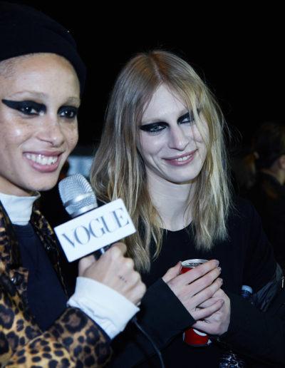 Versace-backstage-feb-2017-19